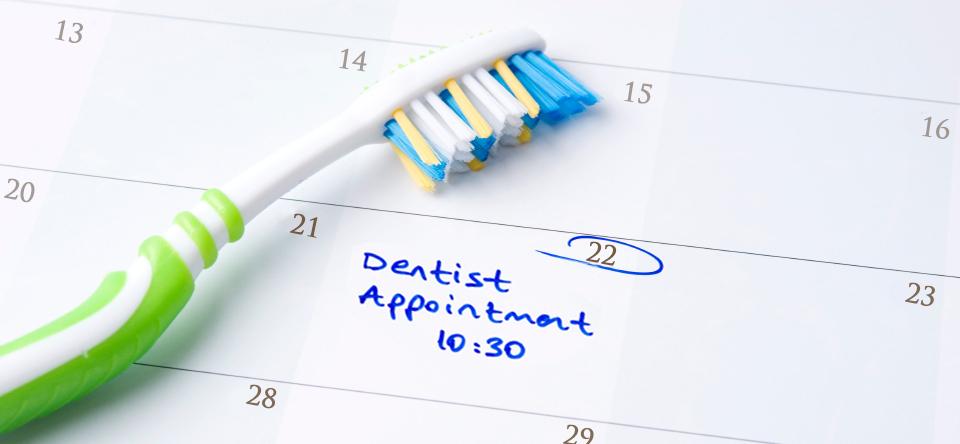 Le visite periodiche servono anche a scongiurare i tumori orali.
